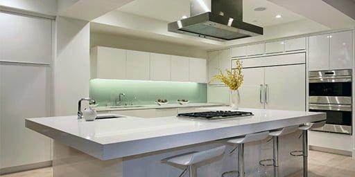 Cocina de granito moderna